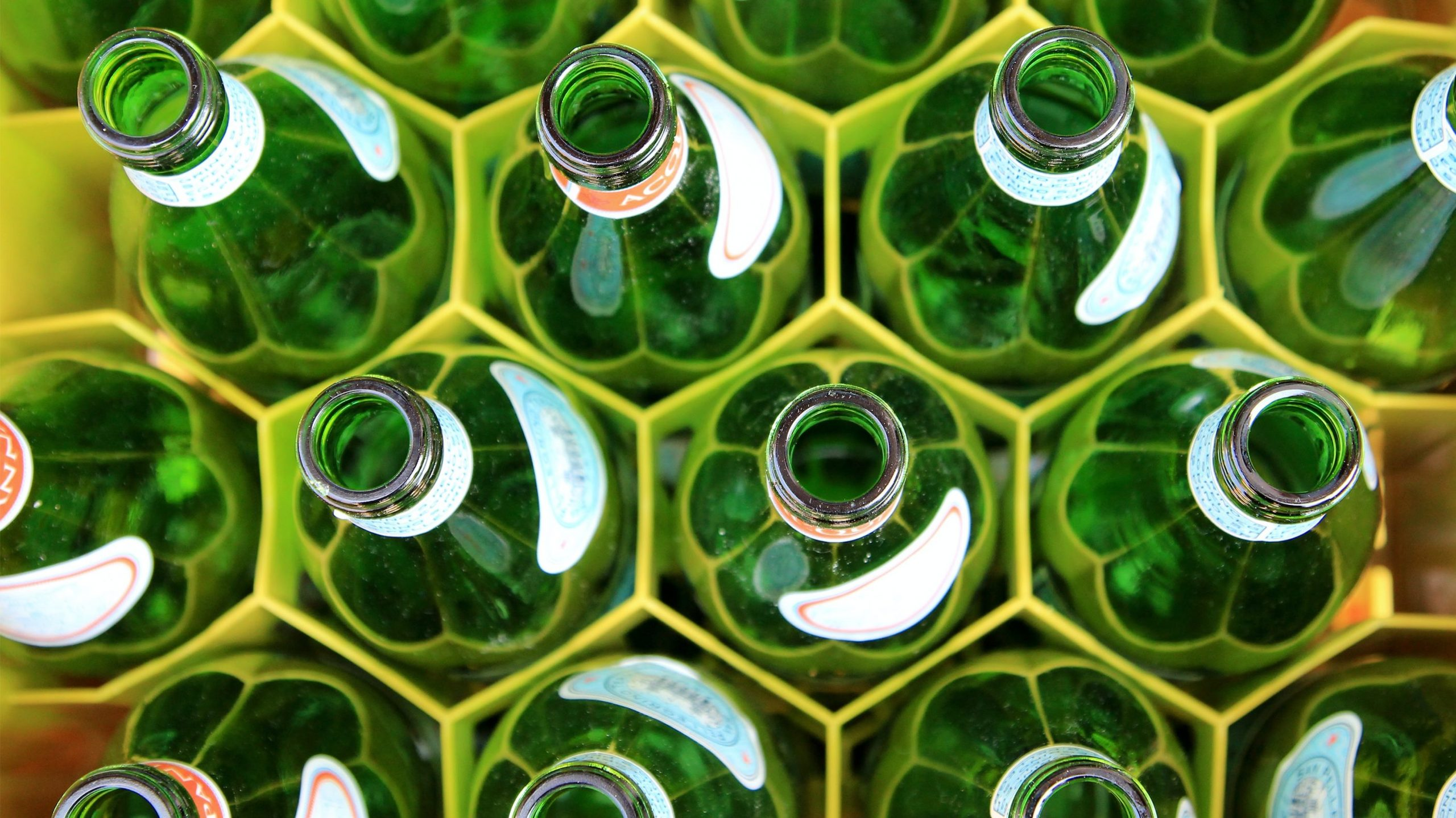Ways to reduce your carbon footprint with recycling
